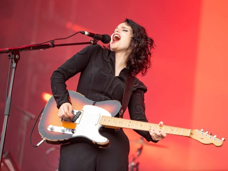 Anna Calvi - Top 5 Most Inspirational Guitarists